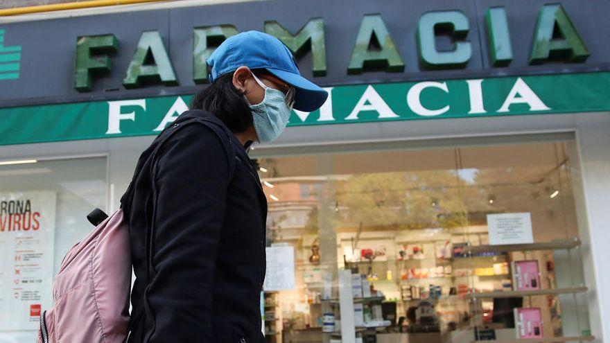 El Parlamento apoya que las farmacias canarias hagan cribado y test de covid