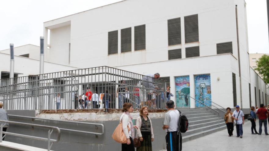 Cierran un grupo de una escuela de verano en Ibiza por el positivo de un alumno
