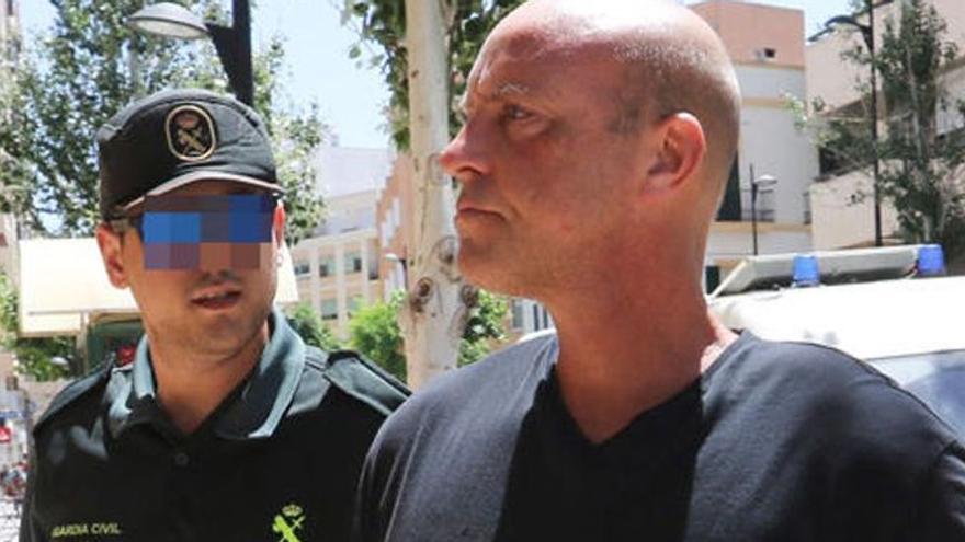 Extraditado de Ibiza a Tailandia un hombre acusado de descuartizar a una mujer