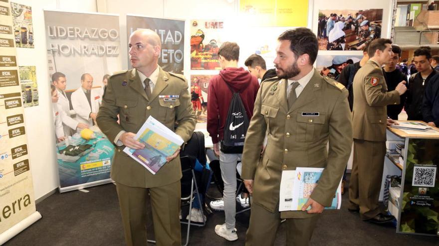 L'Audiència permet vetar la presència de militars uniformats al saló Expojove