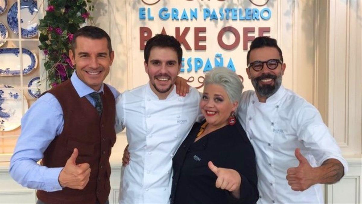 Jesús Vázquez y los jueces de 'Bake off'.