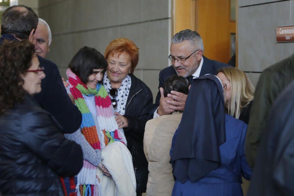 El diputado autonómico y exconcejal, Miquel Domínguez, en el interior del tanatorio