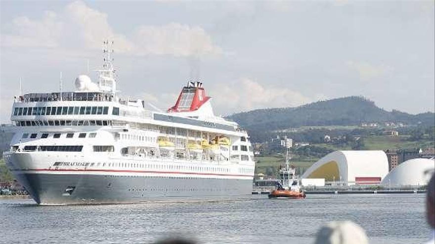 """El puerto espera este año la llegada de más de 4.500 cruceristas a bordo del """"Braemar"""""""