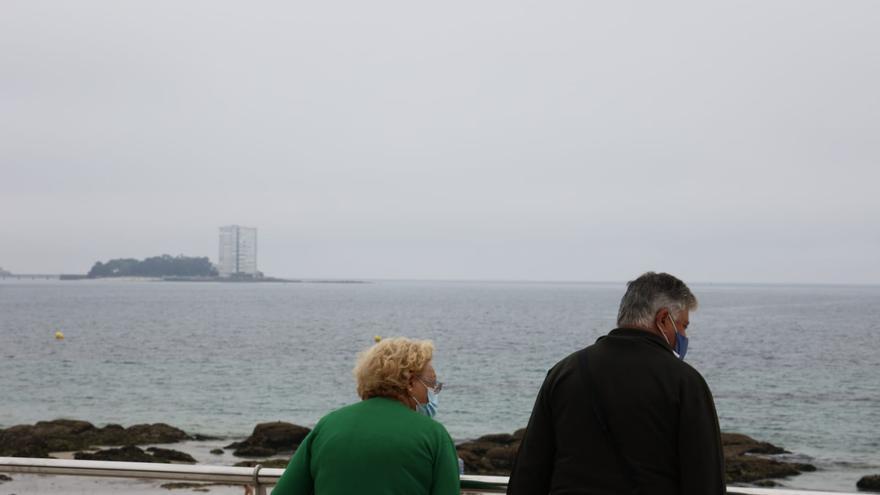 El brote de Mallorca eleva los casos de COVID en Galicia