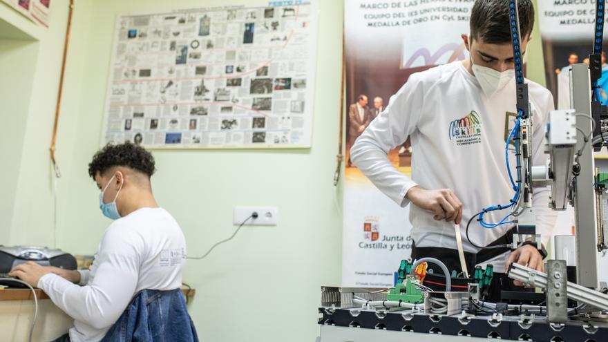 Zamora irá a la final en los Skills de Mecatrónica y Soldadura