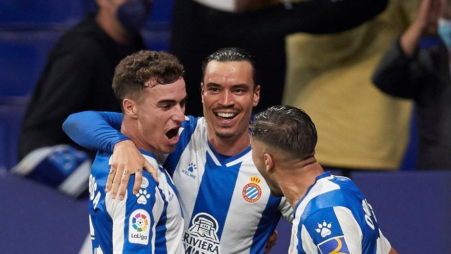 El Espanyol anula al Cádiz con un gran Raúl de Tomás