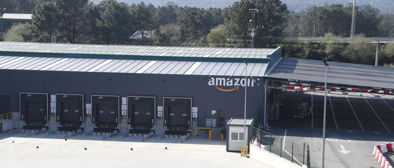 Centro de Amazon en Porriño.