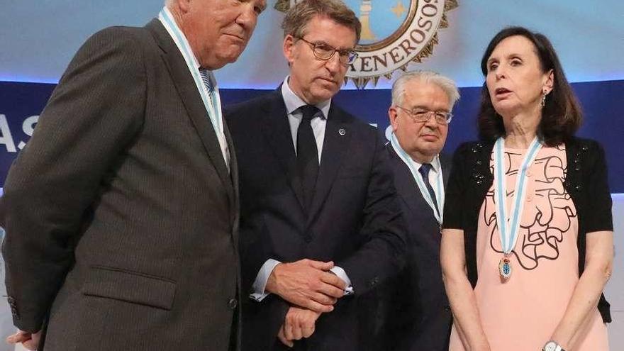 """Feijóo alaba la Constitución y pide """"acuerdo"""" y """"sosiego"""" para abordar su actualización"""