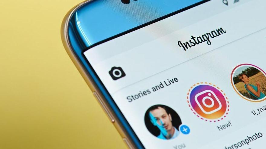 Instagram es prepara per a futures caigudes amb avisos als seus usuaris