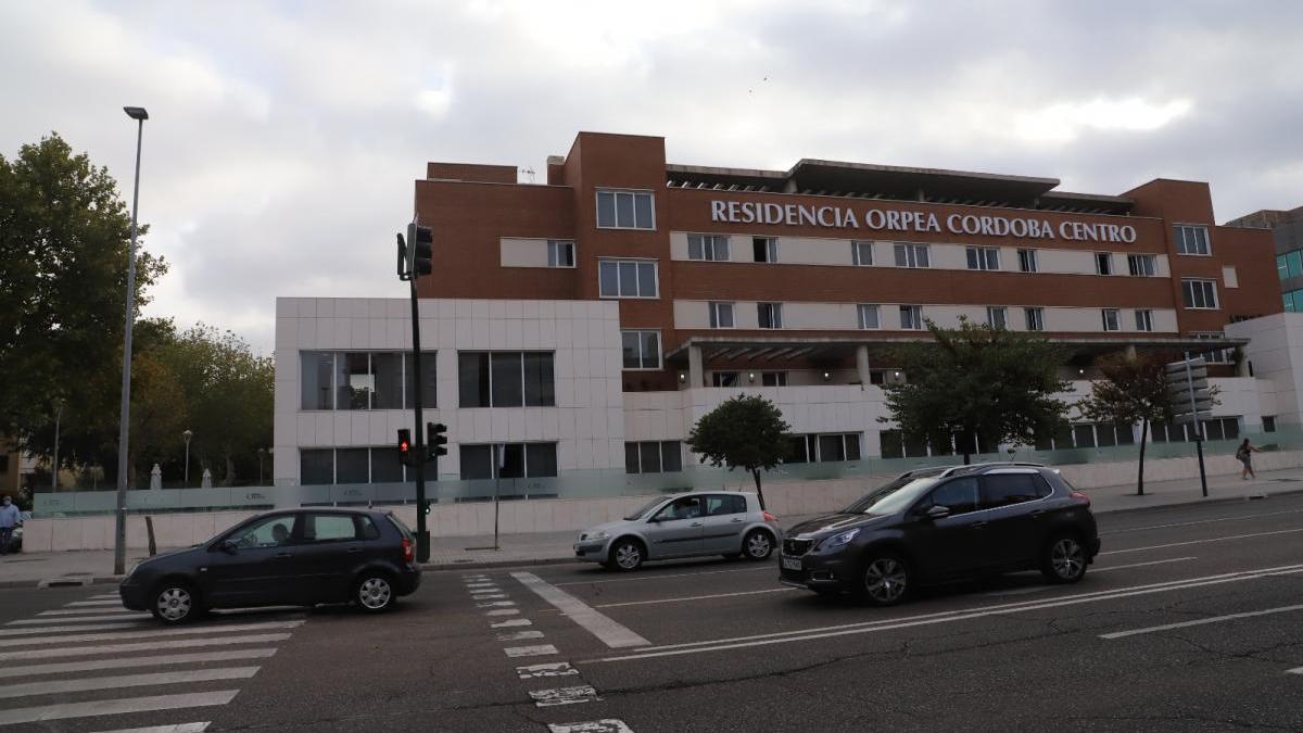Los cinco brotes declarados en residencias en Córdoba superan ya los 300 contagios