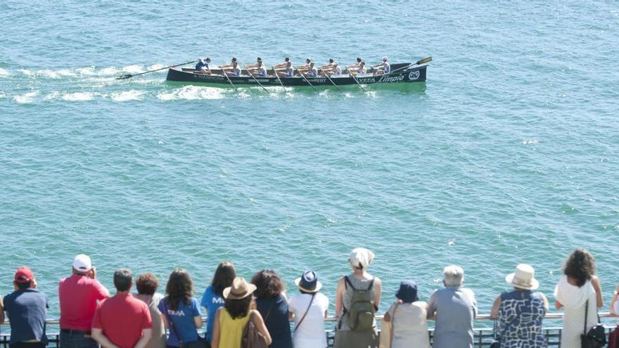 La playa de Riazor acoge por primera vez una prueba de la Eusko Label Liga