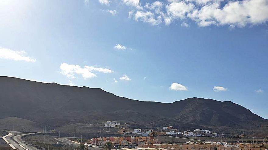 Tuineje ofrece una parcela para la residencia sociosanitaria de mayores