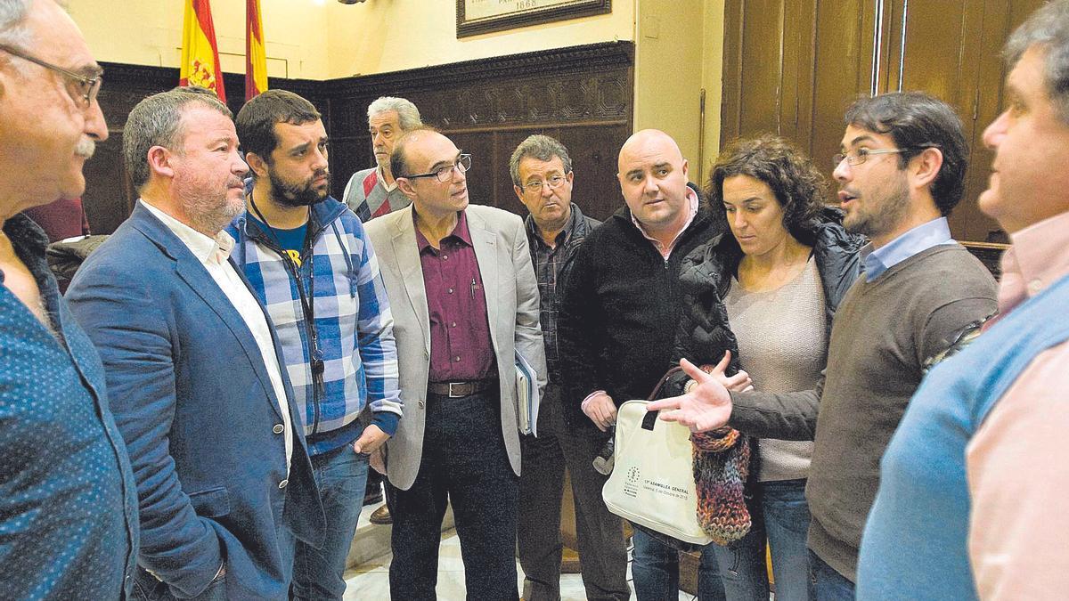 Reunión del consorcio de aguas, hace cinco años, con la alcaldesa de Almenara, Estíbaliz Pérez.
