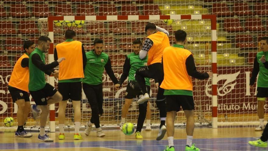 Daniel supera sus molestias y entra en la lista del Córdoba Futsal