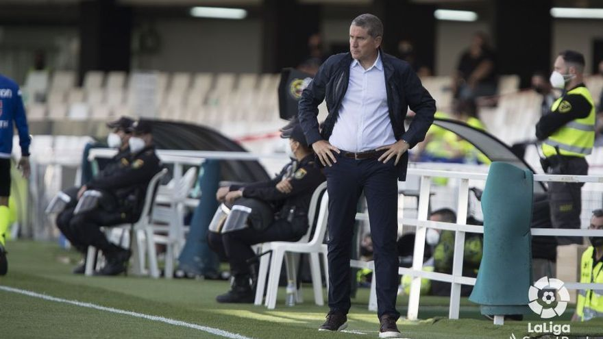 Juan Carlos Garrido cumplió su partido 400 como entrenador en Cartagena