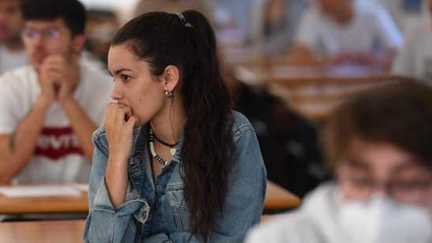 Unos 1.500 alumnos optan a la selectividad extraordinaria en Galicia, que mantendrá un amplio protocolo de seguridad