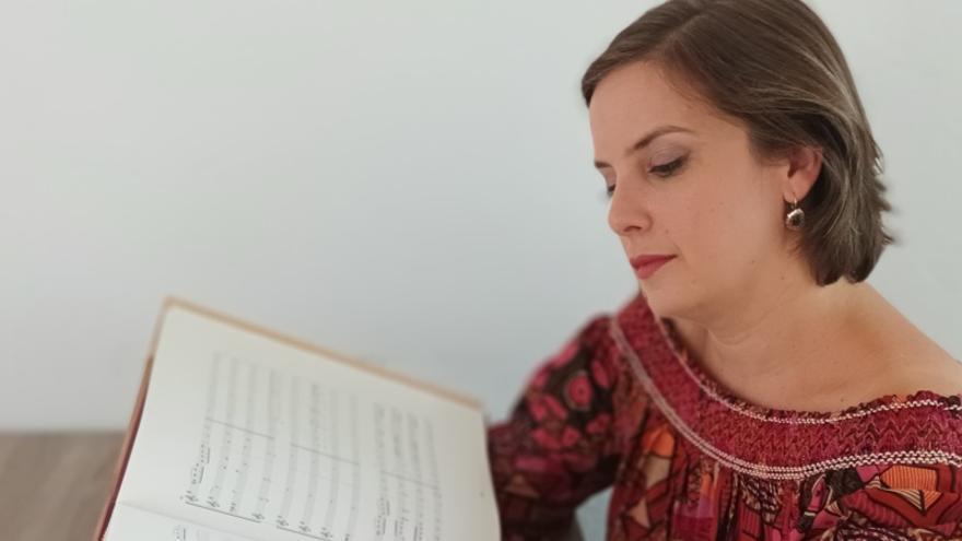 La profesora del Conservatorio de Málaga Laura Lara gana el 'Premio de Investigación Julián Sesmero Ruiz'