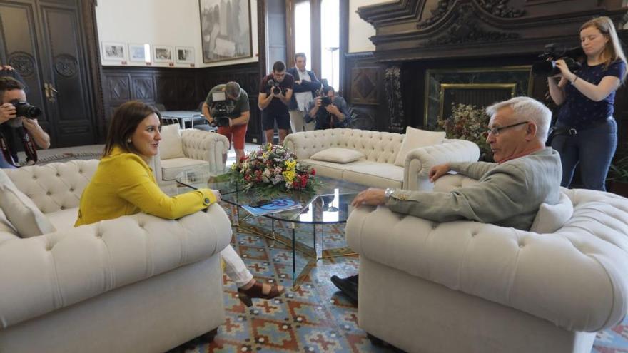 Ribó y Gómez tienden puentes para formar gobierno tras el plantón de la socialista