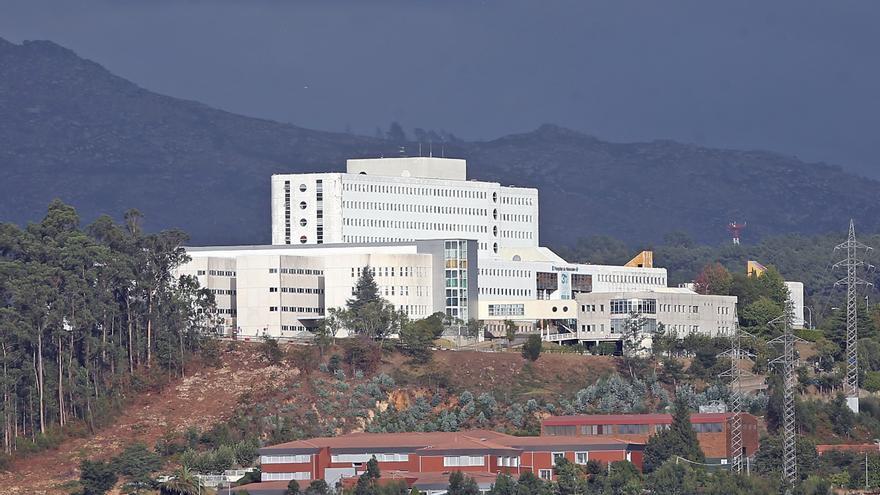 Un brote de COVID en un ala de Geriatría del Meixoeiro afecta ya a 12 pacientes