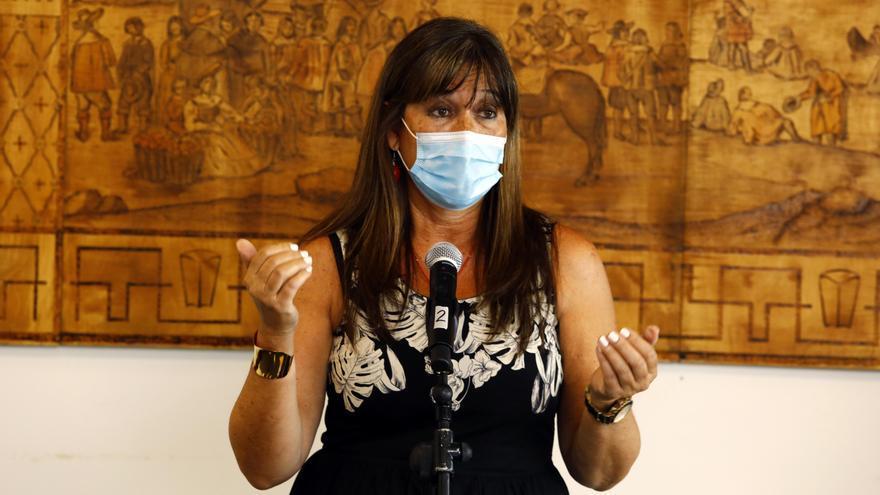 Sira Repollés informa sobre las últimas novedades de la pandemia de covid-19 en Aragón