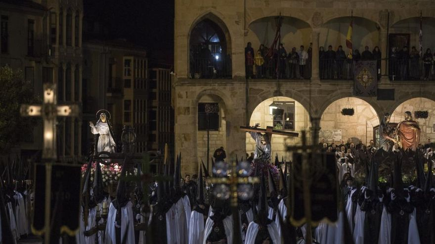 Tercera Caída propone una serie de actividades para vivir el Lunes Santo desde casa