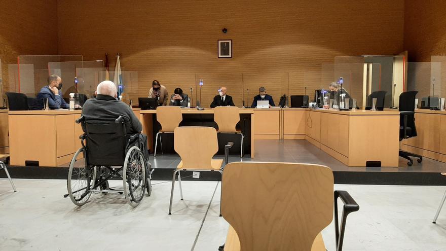 Dos años de cárcel a un anciano que realizó tocamientos a un menor