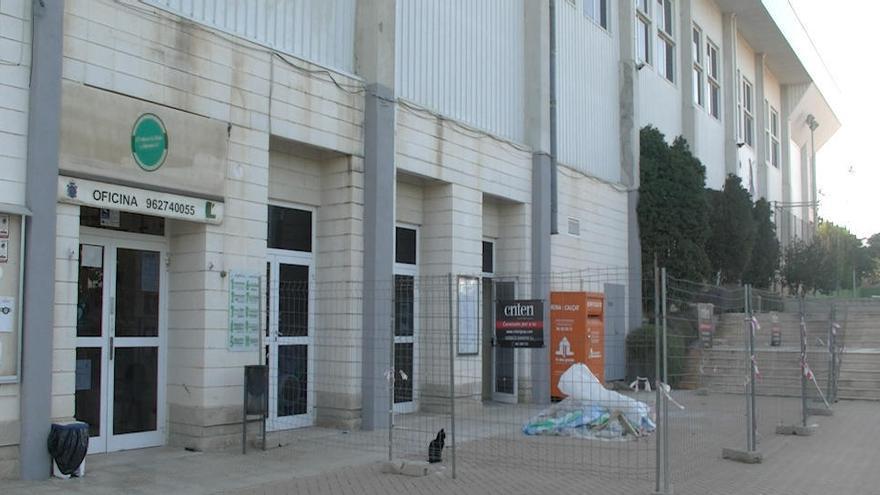 L'Eliana insonoriza el polideportivo municipal
