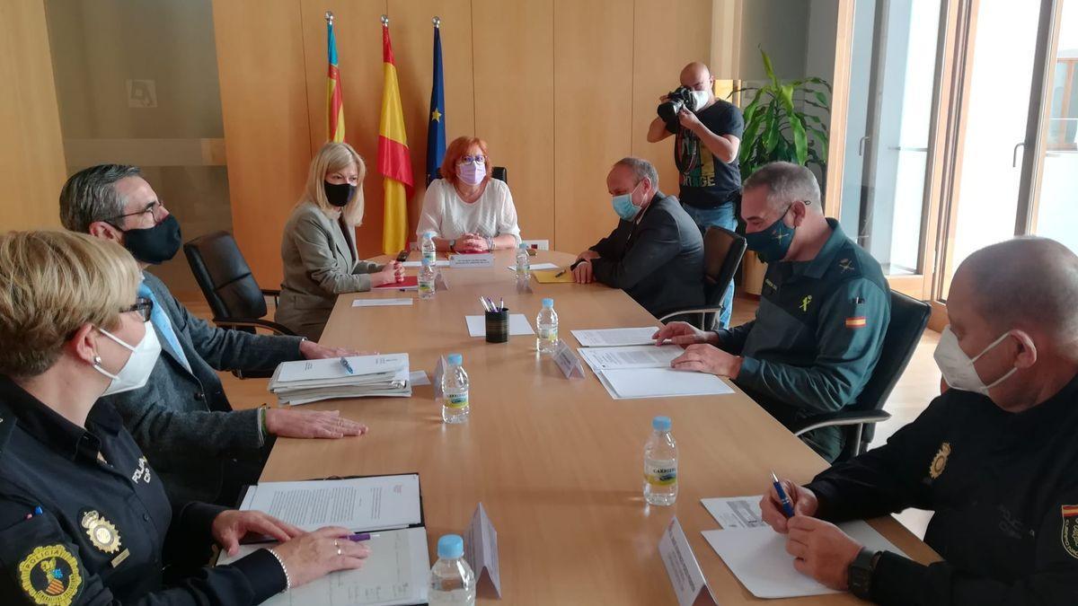 Reunión entre el Consell y fuerzas de seguridad.
