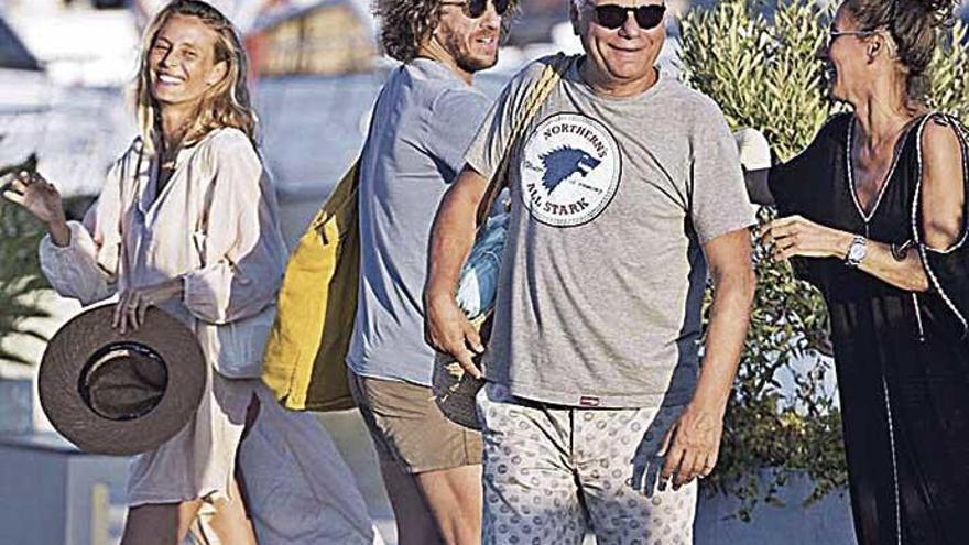 Vanesa Lorenzo y Carles Puyol, vacaciones en Eivissa