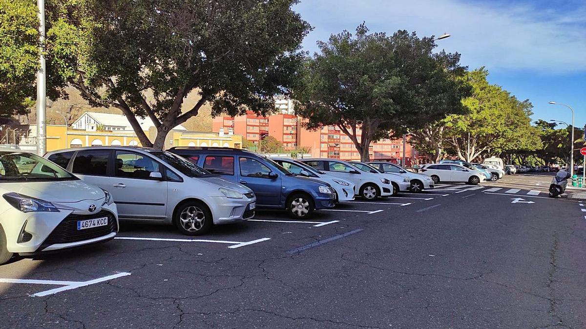 Aumentan los aparcamientos en José Zárate y Penichet   E.D.