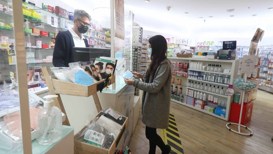 """Las farmacias de Balears afirman que están """"preparadas"""" para hacer test de antígenos"""