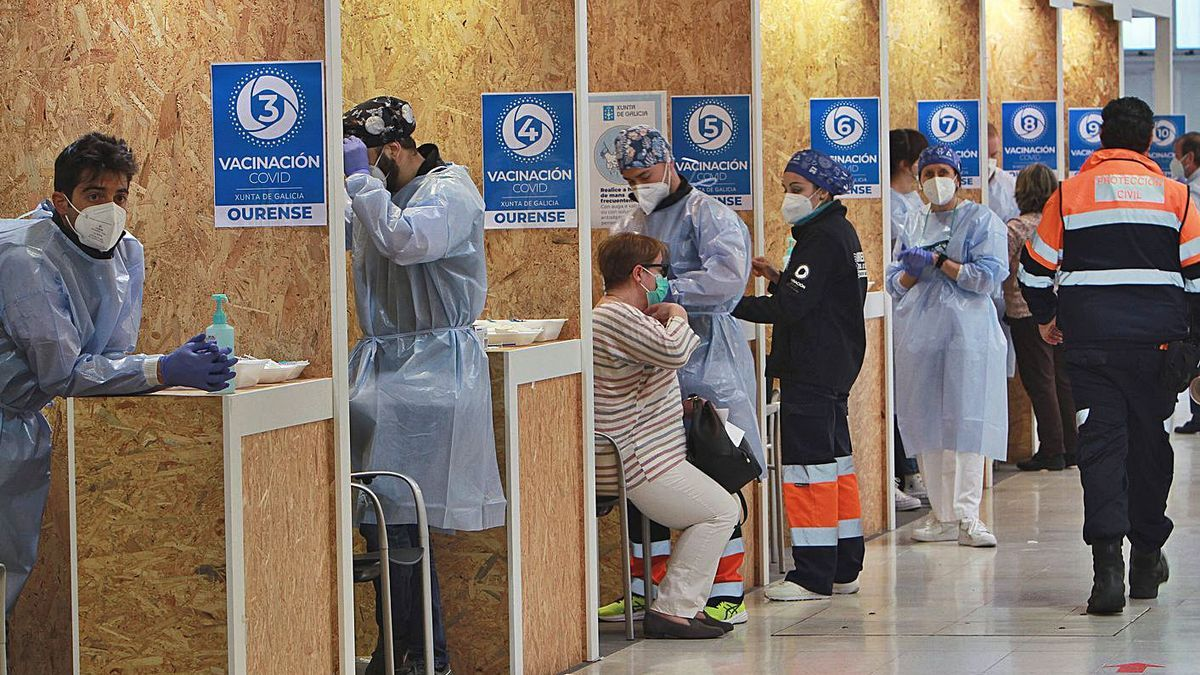 Jornada de vacunación masiva, esta semana, en Galicia. |  // BRAIS LORENZO