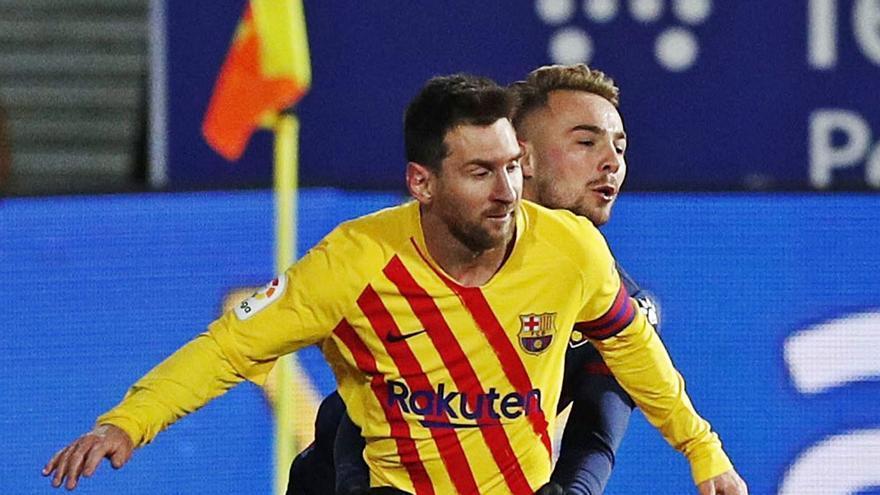 El Barça se alivia con apuros en Huesca