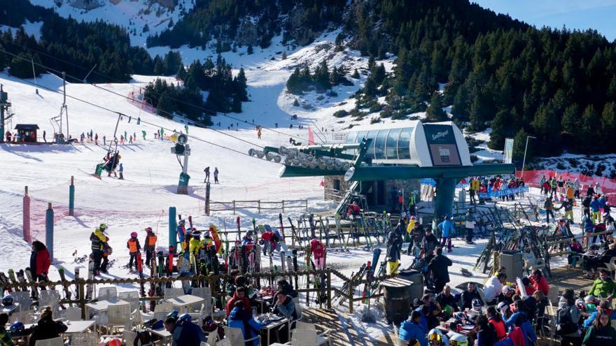 «Màxima afluència» a les estacions d'esquí