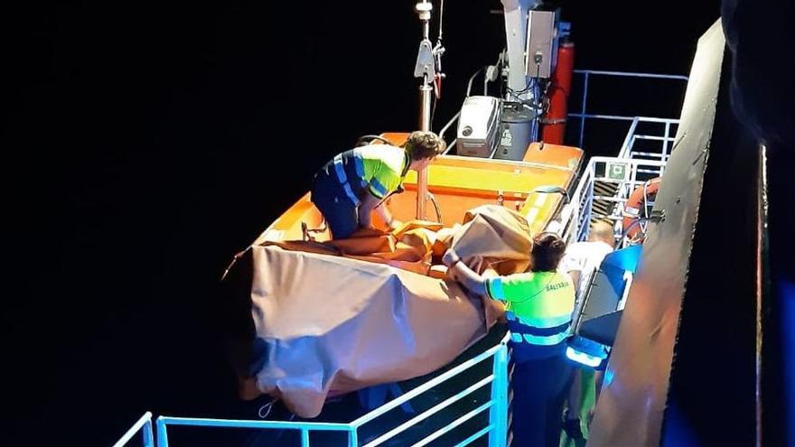 """Un testigo del accidente de barco en Ibiza: """"Pensábamos que era una avería pero empezamos a escuchar gritos de socorro en el mar"""""""