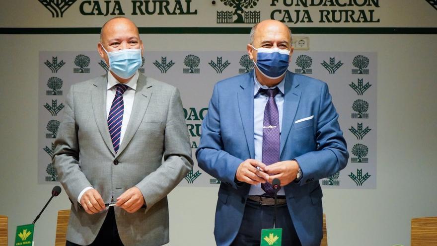 """La Sanidad de Castilla y León, premio """"Zamorano del Año"""" de Caja Rural"""