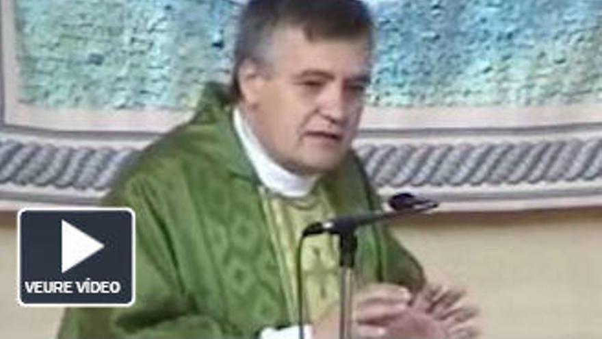 Un capellà diu que Colau és culpable dels atacs