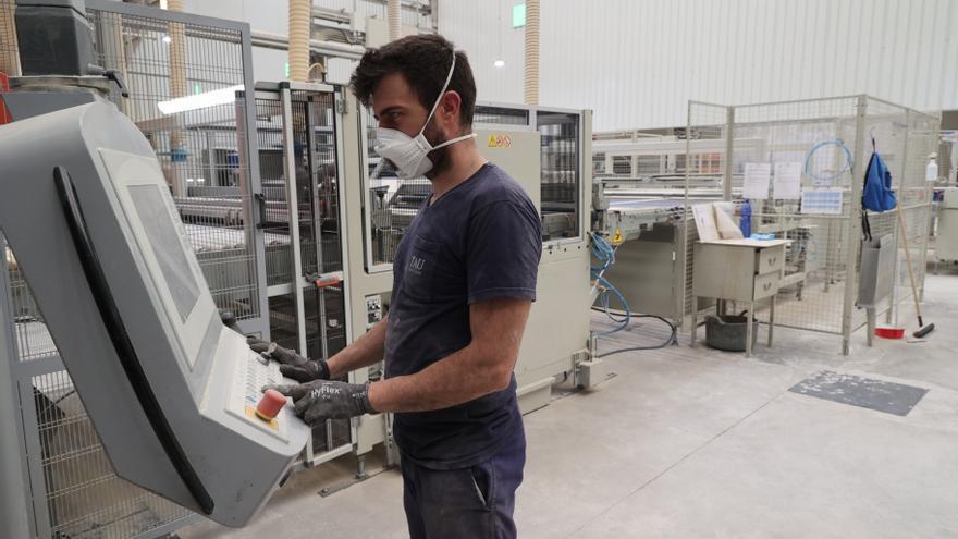 25 empresas del azulejo planean inversiones para competir en Castellón