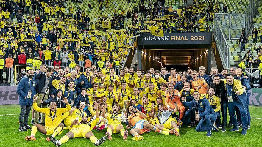 Tres vells coneguts de Montilivi aixequen l'Europa League amb el Vila-real