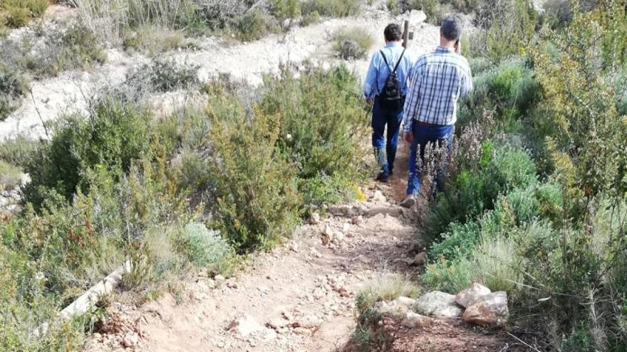 Xàbia coordina a los ciclistas de montaña para reparar las sendas de la Granadella