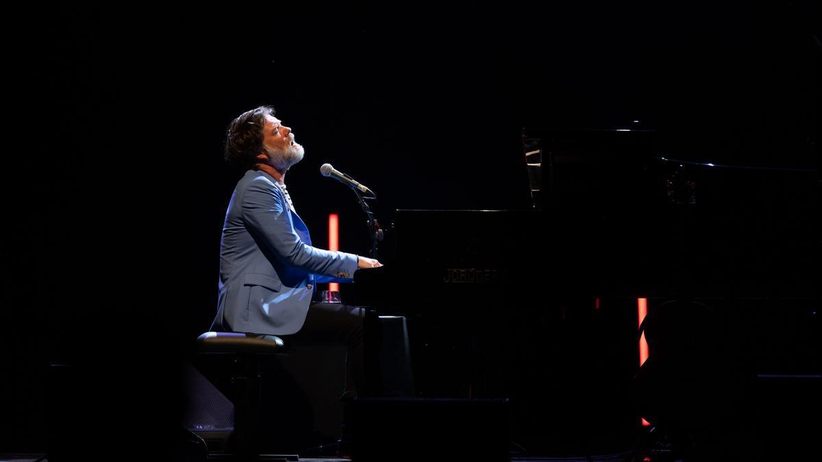 Rufus Wainwright es va retrobar ahir, per segona vegada, amb el públic de Peralada.