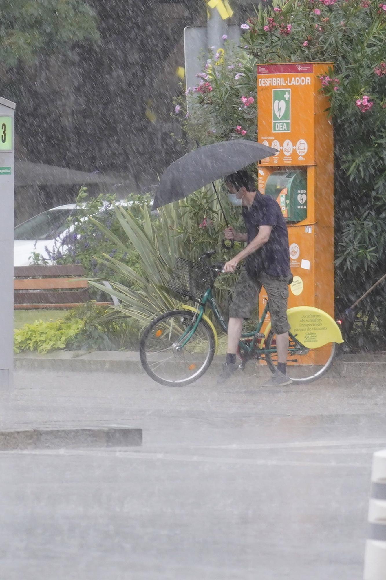 Les pluges deixen més de 30 litres en mitja hora en diversos punts de la Selva i el Gironès