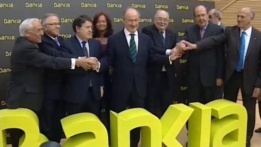 El juez procesa a la excúpula de Bankia por la salida a Bolsa