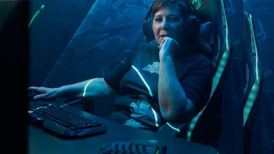 """Celia Villalobos, de pillada jugando al Candy Crush a crear un club de videojuegos: """"Llega el momento de revolucionar el gaming"""""""