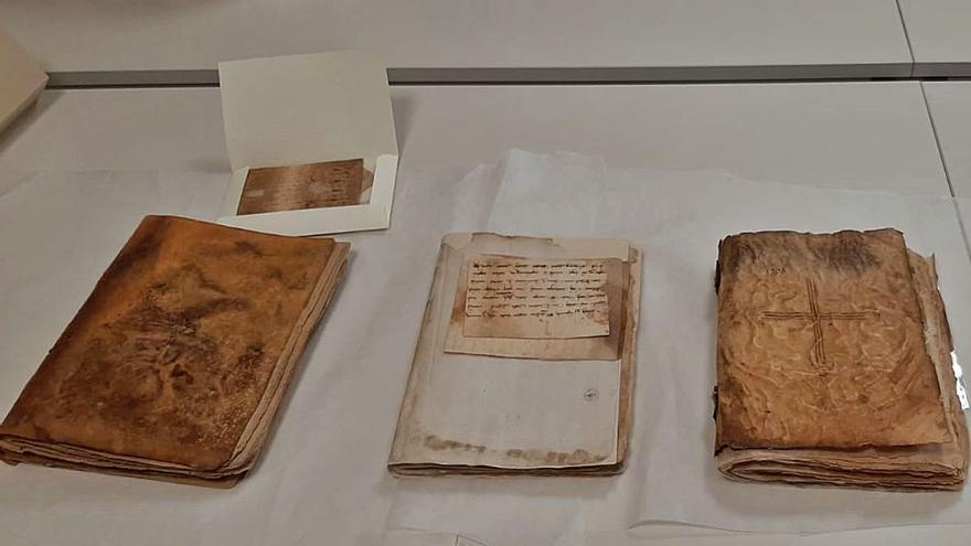 Cocentaina recupera parte de su pasado escrito con tres libros de Corts del siglo XIII