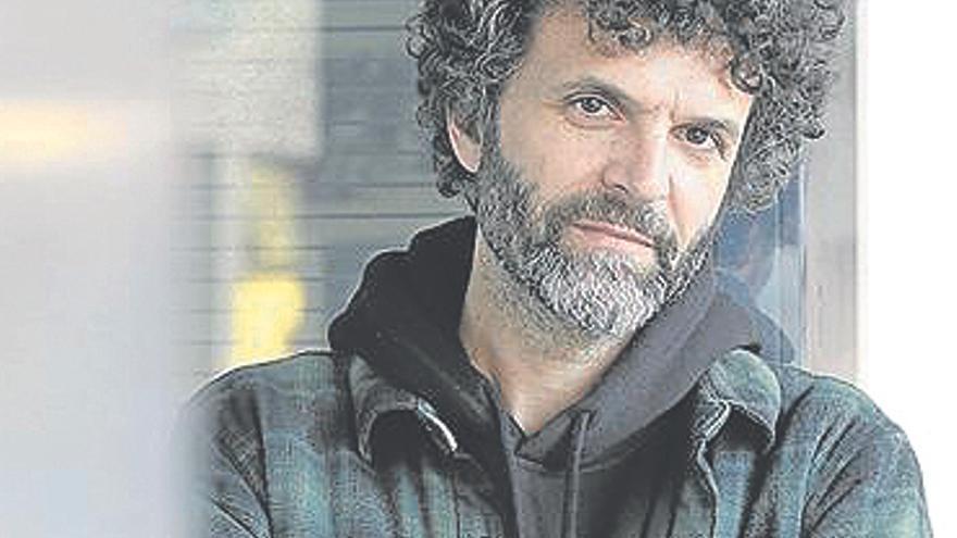 """Miguel Rivera: """"Quería un híbrido entre poesía, música y puesta en escena"""""""