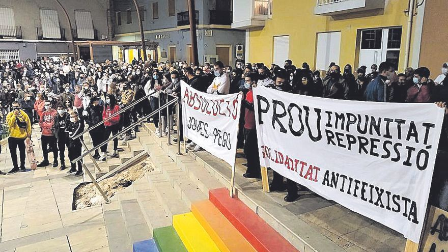 Catorce antifascistas imputados por agredir a la Guardia Civil en Pego