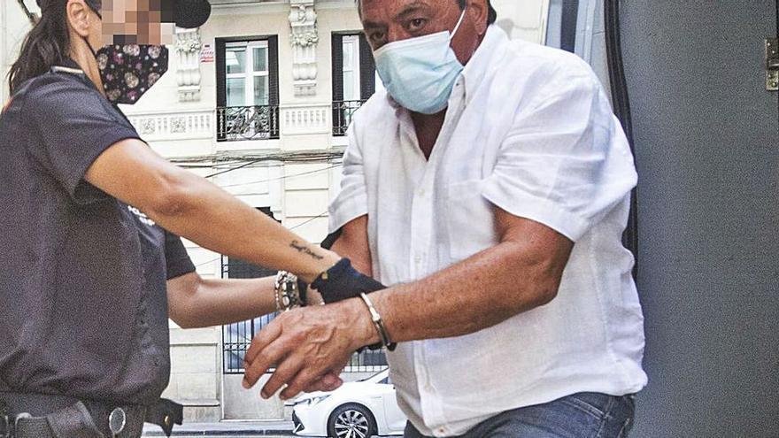 Se prorroga la prisión provisional al acusado de matar a su mujer en Alicante hace dos años