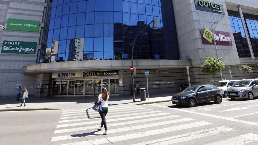 El Corte Inglés pone a la venta el edificio del centro comercial Ademuz
