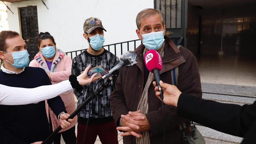 Paralizado el segundo intento de desahucio a una familia en Monte Pavero